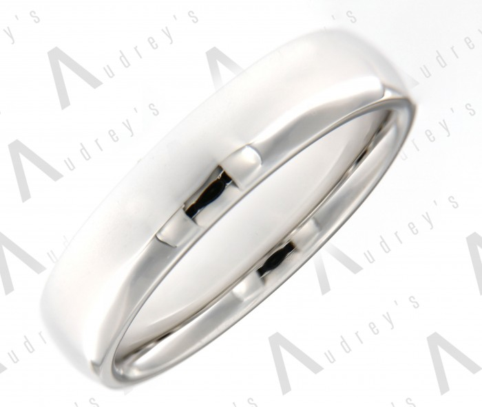 18 KARAT 5MM WEDDING BAND FOR HIM