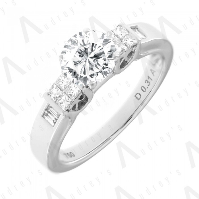 18K JULIANNE DIAMOND RING